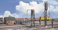 WALTHERS CORNERSTONE HO SCALE SAND TOWERS & DRYING HSE KIT 933-3182