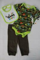 Daddy/'s lil Hunting Buddy Camouflage Embroidery Handmade Baby Bib Boy on Flannel