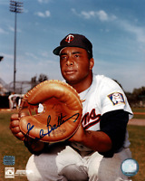 Earl Battey signed autographed 8x10 photo! RARE! AMCo Authenticated!