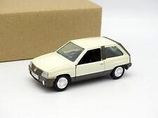 Gama SB 1/43 - Opel Corsa SR Blanco