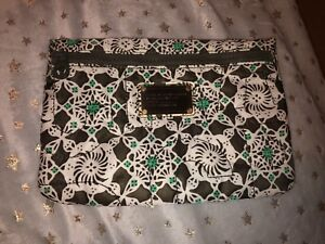 Marc By Marc Jacobs Standard Supply Zip Pouch Bag. Brand New With Tags Genuine