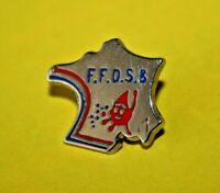 Pin's pins lapel pin FFDSB DON DU SANG Give Blood Drive donation Carte de FRANCE