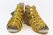 CAT CATERPILLAR New Women Yellow Brown Suede Gladiator Weavement Shoes Sandals 7