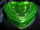Green Vaseline Uranium glass Heart shape Powder makeup box / candy dish jewelry
