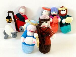 """Hand Knitted Crafted 8 Piece Nativity Set Christmas 7.5"""" Tall Multicoloured"""