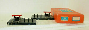 2 x Triang Minic Motorways OO Scale Road/Rail Buffer Stops