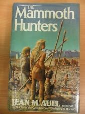 The Mammoth Hunters (Earth's Children),Jean M. Auel- 9780340349342