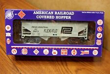 RMT/READY MADE TRAINS 2-BAY COVERED HOPPER PENN CENTRAL #90013 O GAUGE