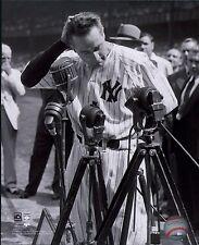 Lou Gehrig New York Yankees HOF Licensed MLB Baseball 8x10 B&W Glossy Photo (B)