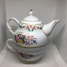 Nantucket 3 Piece Teapot For One Floral Pattern With Gold Colored Trim