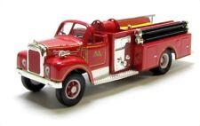 CORGI Classics 52601 Malvern Mack B Series Pumper Feuerwehr rot 1:50 - OVP
