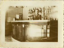 PHOTO ANCIENNE - VINTAGE SNAPSHOT - BAR BISTROT CAFÉ COMPTOIR ZINC ALCOOL - PUB