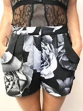 FAB CAMEO NWT BLACK GREY ROSE OBLIVION SHORTS HIGH WAISTED HAS POCKETS SZ SMALL