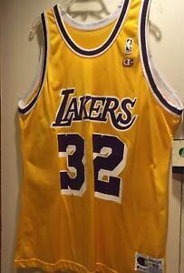 Vintage L A Lakers MAGIC JOHNSON #32 Champion Jersey SIZE 48 NWT