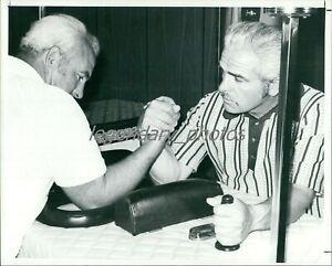 1970s Larry and Bob Jeffrey Arm Wrestling Pioneers Original News Service Photo