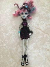 """Monster High 11"""" Doll ROCHELLE GOYLE GARGOYLE ZOMBIE SHAKE"""