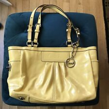 COACH F13761 Yellow patent leather pleated gallery tote handbag purse (PU160)