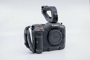 Canon EOS C70 Cinema Camera & Extended Life Battery - NEW OPEN BOX