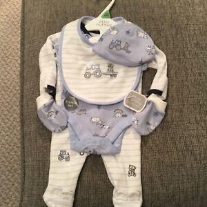 Baby Boy Newborn Tiny Baby (5lbs) 5 Piece Starter Gift Set.