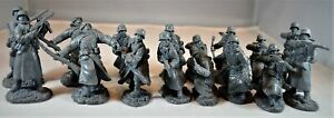 """TSSD04A """"WWII German Infantry in Overcoats (Gray)"""" 54mm Plastic Toy Soldiers"""