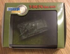 Dragon Armor 1:72 Russian T-34/76 mod 1940 Tank In Scenic Grass Case 60134