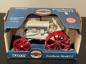 Ertl 1:16 Fordson Model F Tractor NIB #872 Special Edition Vintage Series