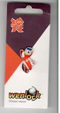 LONDON 2012 OLYMPICS MASCOT WENLOCK PIN BADGE HONAV 544 ON CARD