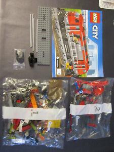 LEGO CITY TRAIN 60098 MOTRICE NEUF COMPLET SANS LE MOTEUR ET SANS LES STICKERS!!