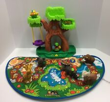 Fisher Price Little People Alphabet  Zoo Mat 6 Animals Zoo keepler Works