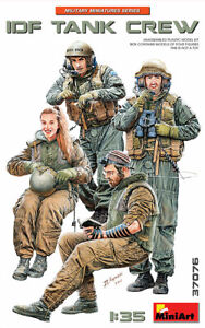 Miniart 37076 IDF Tank Crew Scale Plastic Model Kit 1/35
