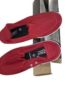 New In Box Arcopedico Women's Stretch Moccasins Red Size 38