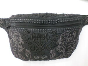 NWT Johnny Was Carnaby Fanny Pack Belt Bag - OL46341021