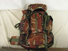 Heavy Duty Extreme Pak Red Camouflage Waist Pad Staining Missing Clips 32444