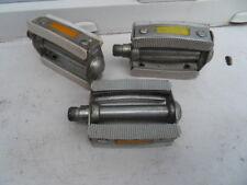 Vintage lot pedale pour petit velo ou voiture a pedales !!