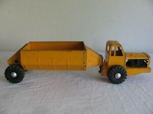 Vintage Wyandotte Caterpillar Bottom Dump Earth Mover Tractor Trailer Truck