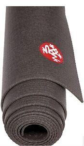 Manduka PRO Travel-Size Yoga Mat Black (d)