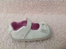 New Stride Rite PG49046 Kid's White Crawl Brillant Blaire Shoes, Size 4