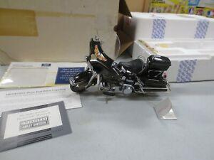 Franklin Mint 1/10 Diecast 1976 Harley Davidson Electra Glide Motorcycle w/ Boxe