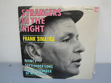 Vinyle 45 Tours - Frank Sinatra - Strangers In The Night