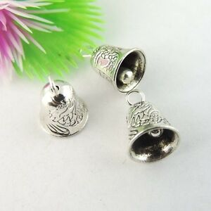 39043 Vintage SIlver Alloy Christmas Bells Pendant Charms Jewelry Craft 20pcs