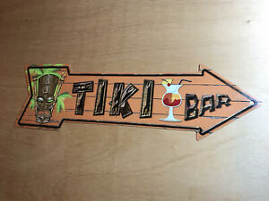 Tiki Bar Arrow Metal Sign plaque Man-Cave, Bar, Shed, Pool, Decor. Pre-owned.
