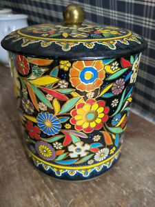Vintage Daher Multi-Color Floral Tin Container w/ Lid Made in England