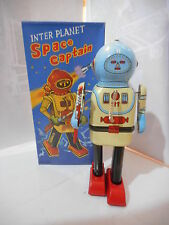 tole tin toy  robot  capitaine de l espace , space cap'tain