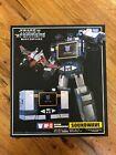Transformers Takara Tomy Masterpiece MP-13 Soundwave w/ Laserbeak Complete