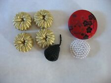 Lot 7 old buttons Fabric faux pearl closure embellishment wrapped knit silk