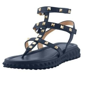 Valentino Garavani Free Rockstud Thong Sandals Rubber Soles Size 37 (7) NEW
