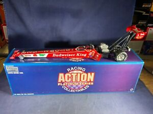 E8-75 KENNY BERNSTEIN BUDWEISER KING - NHRA TOP FUEL DRAGSTER - 1:24 SCALE