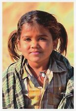 (82113) Postcard India Gujarat Kutch Child #1 - un-posted