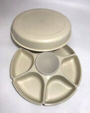 Tupperware Taco Cheese Chips Crackers Fruit Relish Divided Serving Tray Dip Bowl