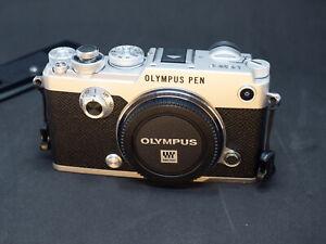 Olympus Pen-F Cámara Evil 20.3MP 782 Shoots + extras.